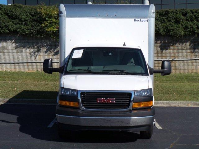 2020 GMC Savana 3500 4x2, Rockport Cutaway Van #CL64285 - photo 4