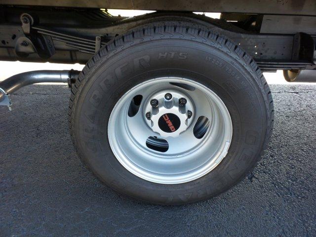 2020 GMC Savana 3500 4x2, Rockport Cutaway Van #CL64285 - photo 37
