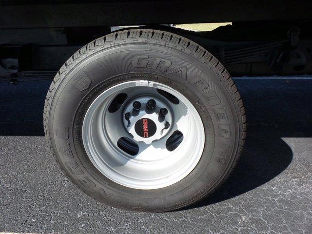 2020 GMC Savana 3500 4x2, Rockport Cutaway Van #CL64285 - photo 39