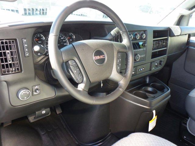 2020 GMC Savana 3500 4x2, Rockport Cutaway Van #CL64285 - photo 8