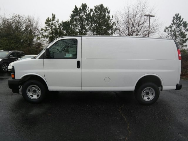 2017 Savana 3500, Cargo Van #H1168404 - photo 8