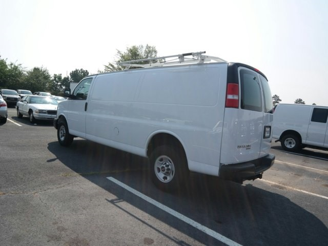 2016 Savana 3500, Cargo Van #M1244292 - photo 2