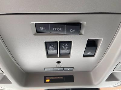 2018 GMC Sierra 1500 Crew Cab 4x4, Pickup #M18412A - photo 28
