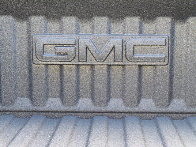 2021 GMC Sierra 1500 Crew Cab 4x4, Pickup #M20303 - photo 38