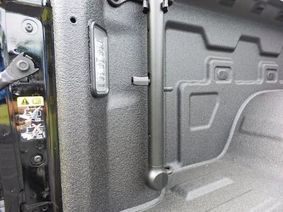 2021 GMC Sierra 1500 Crew Cab 4x4, Pickup #M30942 - photo 40
