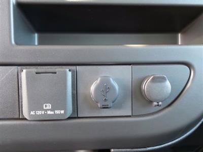 2021 GMC Savana 4500 DRW 4x2, Cutaway #MD01137 - photo 26