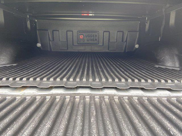 2017 GMC Sierra 1500 Crew Cab 4x4, Pickup #MD64099A - photo 40