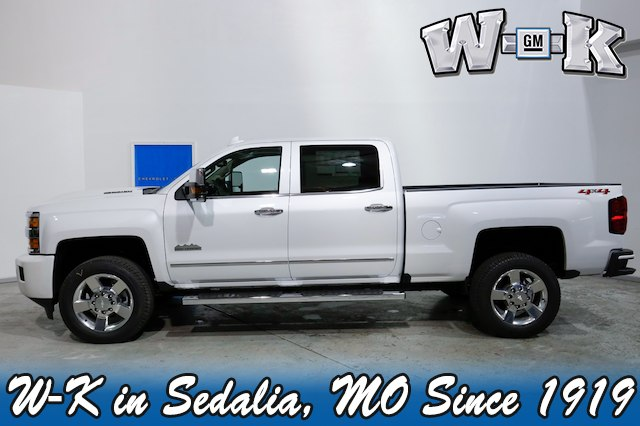 2019 Silverado 2500 Crew Cab 4x4,  Pickup #127999 - photo 3