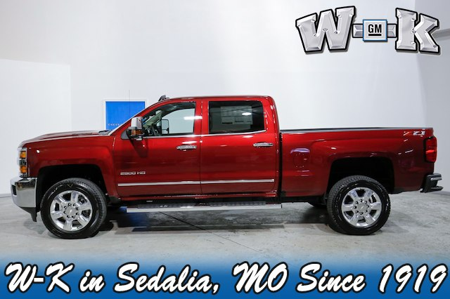 2019 Silverado 2500 Crew Cab 4x4,  Pickup #130537 - photo 3