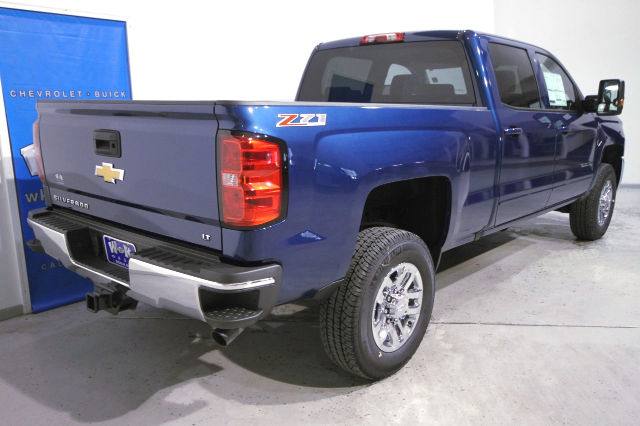 2016 Silverado 2500 Crew Cab 4x4, Pickup #263443 - photo 2
