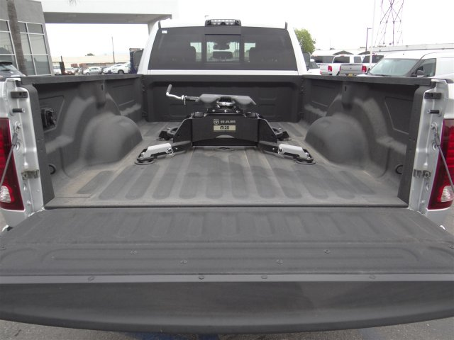 2017 Ram 2500 Crew Cab 4x4, Pickup #17D1253 - photo 30