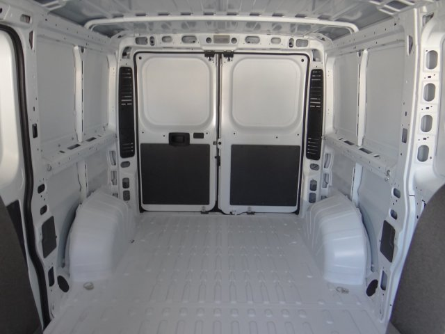 2018 ProMaster 1500 Standard Roof FWD,  Empty Cargo Van #18D1352 - photo 18