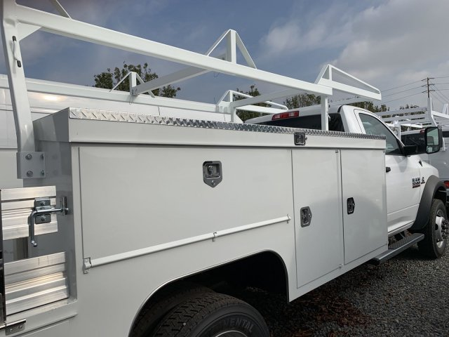 2018 Ram 5500 Regular Cab DRW 4x2,  Scelzi Combo Body #18D1391 - photo 2