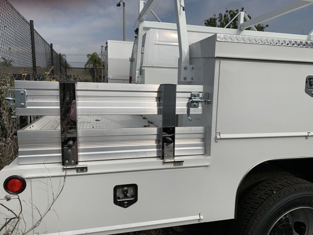2018 Ram 5500 Regular Cab DRW 4x2,  Scelzi Combo Body #18D1391 - photo 3