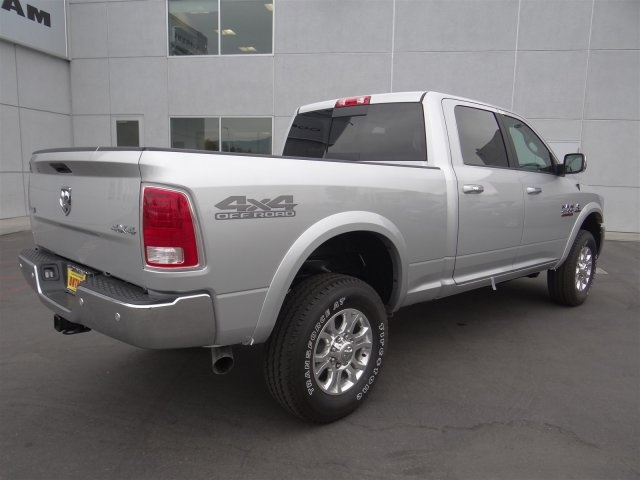 2018 Ram 2500 Crew Cab 4x4,  Pickup #18D1421 - photo 2