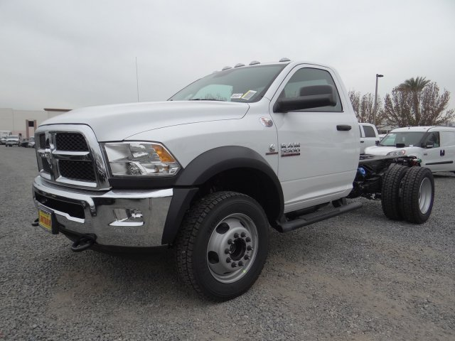 2018 Ram 5500 Regular Cab DRW 4x4,  Cab Chassis #18D1536 - photo 17
