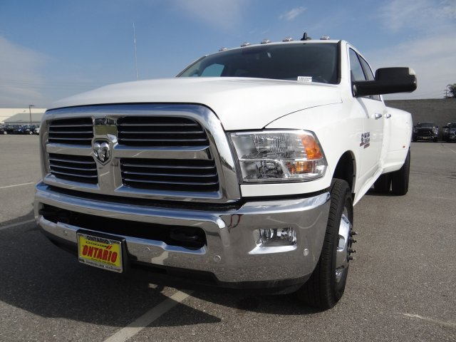 2018 Ram 3500 Crew Cab DRW 4x2,  Pickup #18D1540 - photo 19