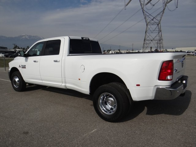 2018 Ram 3500 Crew Cab DRW 4x2,  Pickup #18D1540 - photo 3