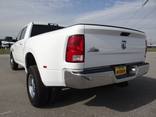 2018 Ram 3500 Crew Cab DRW 4x2,  Pickup #18D1540 - photo 22