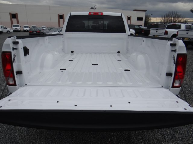 2018 Ram 3500 Crew Cab DRW 4x4,  Pickup #18D1627 - photo 27