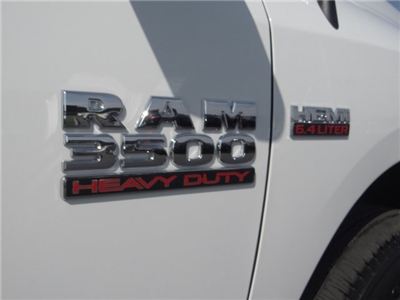 2018 Ram 3500 Crew Cab, Pickup #18D627 - photo 28