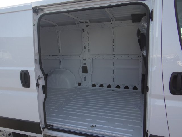 2019 ProMaster 1500 Standard Roof FWD,  Empty Cargo Van #19D410 - photo 18