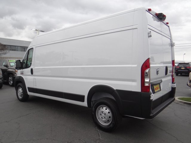 2019 ProMaster 2500 High Roof FWD,  Empty Cargo Van #19D423 - photo 3