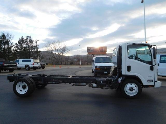 2017 LCF 4500 Regular Cab, Cab Chassis #75887 - photo 3
