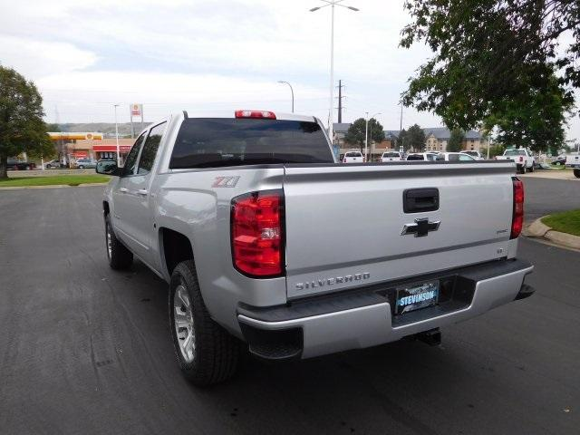 2018 Silverado 1500 Crew Cab 4x4 Pickup #85081 - photo 2