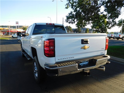 2018 Silverado 3500 Crew Cab 4x4 Pickup #85108 - photo 2