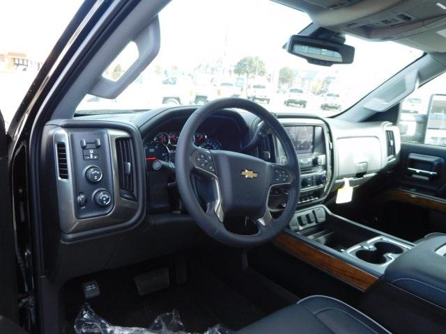 2018 Silverado 2500 Crew Cab 4x4, Pickup #85536 - photo 4