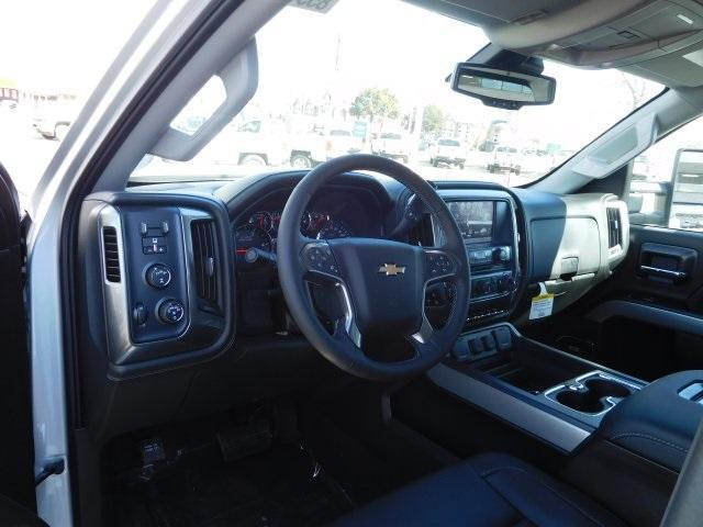 2018 Silverado 2500 Crew Cab 4x4,  Pickup #85545 - photo 4
