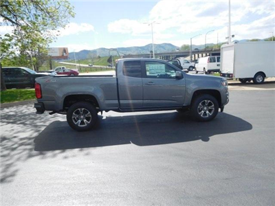 2018 Colorado Extended Cab 4x4,  Pickup #85722 - photo 3