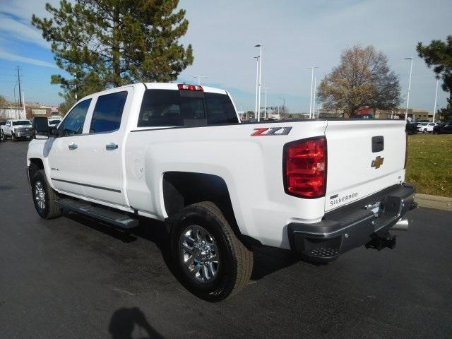 2019 Silverado 2500 Crew Cab 4x4,  Pickup #95274 - photo 5