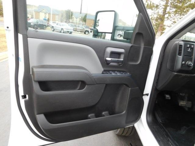 2019 Silverado 2500 Double Cab 4x4,  Knapheide Standard Service Body #95402 - photo 16