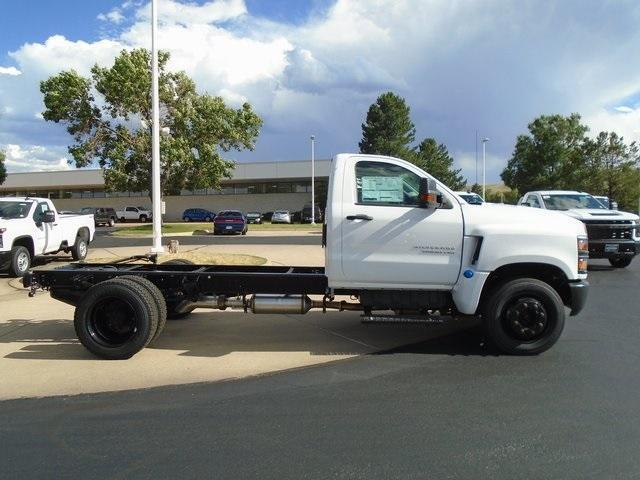 2019 Chevrolet Silverado Medium Duty Regular Cab DRW RWD, Cab Chassis #95993 - photo 1