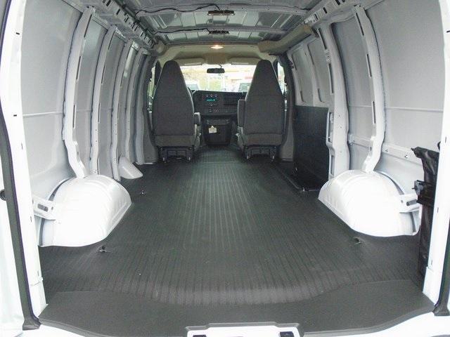 2020 Chevrolet Express 3500 4x2, Empty Cargo Van #L5498 - photo 1