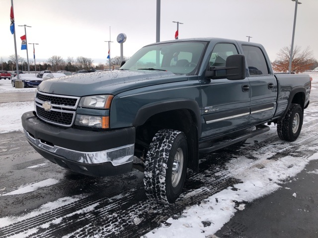 2007 Silverado 2500 Crew Cab 4x4 Pickup #F110438T - photo 8