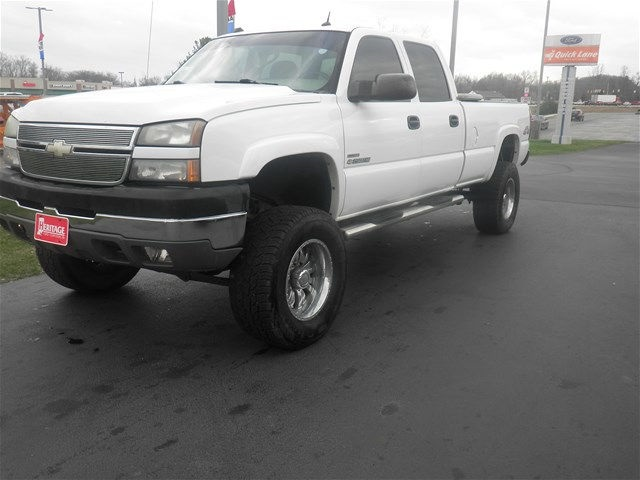 2005 Silverado 2500 Crew Cab 4x4, Pickup #F931272W - photo 4