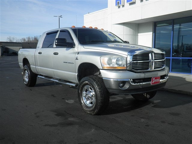 2006 Ram 3500 Mega Cab 4x4, Pickup #G161258T - photo 9