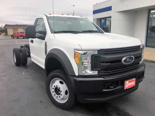 2017 F-550 Regular Cab DRW 4x4 Cab Chassis #HEB81622 - photo 33