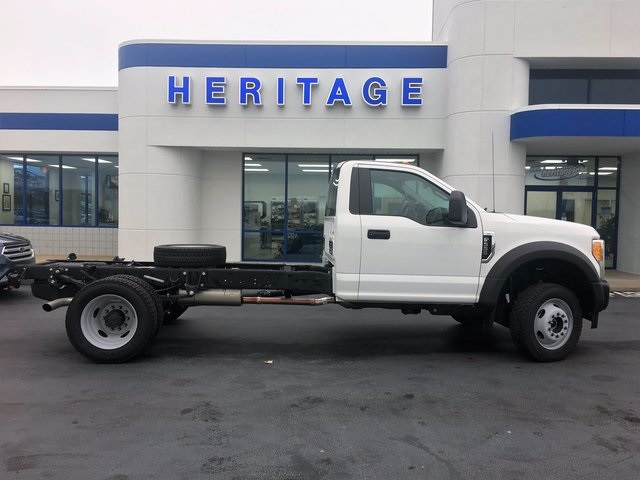 2017 F-550 Regular Cab DRW 4x4 Cab Chassis #HEB81622 - photo 9