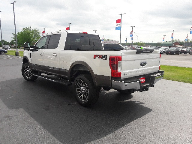 2017 F-250 Crew Cab 4x4, Pickup #HED24640 - photo 9
