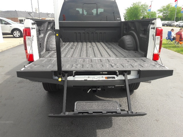 2017 F-250 Crew Cab 4x4, Pickup #HED24640 - photo 15