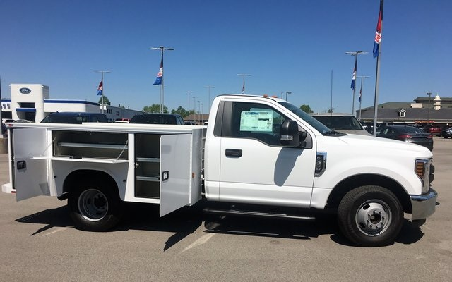2018 F-350 Regular Cab DRW, Service Body #JEB92898 - photo 16
