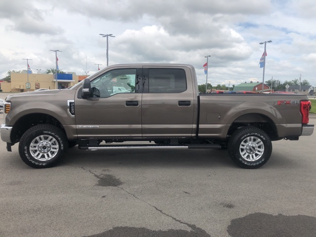 2019 F-250 Crew Cab 4x4,  Pickup #KEC04714 - photo 5