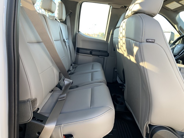 2019 F-350 Super Cab DRW 4x4, Knapheide PGND Gooseneck Platform Body #KEG57643 - photo 24