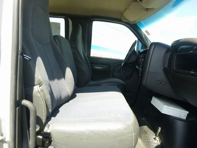 2009 GMC C6500 Crew Cab 4x2, Cab Chassis #FM0191 - photo 19