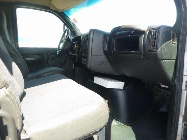 2009 GMC C6500 Crew Cab 4x2, Cab Chassis #FM0191 - photo 20