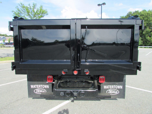 2017 F-550 Regular Cab DRW 4x4 Cab Chassis #17394 - photo 7